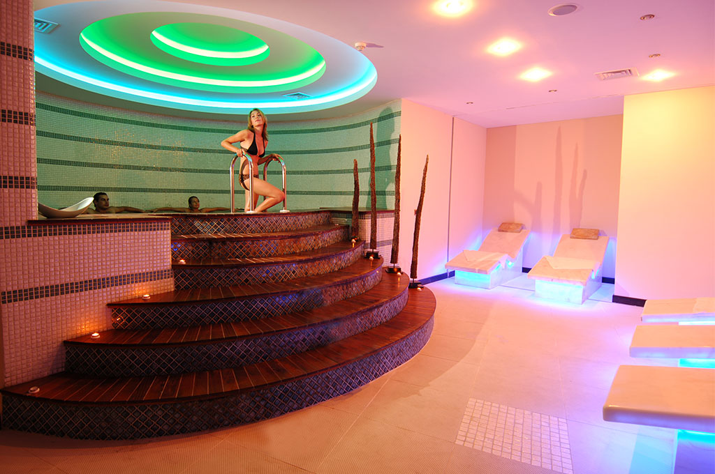 Spa wellness goldcity hotel for Hotel spa 13