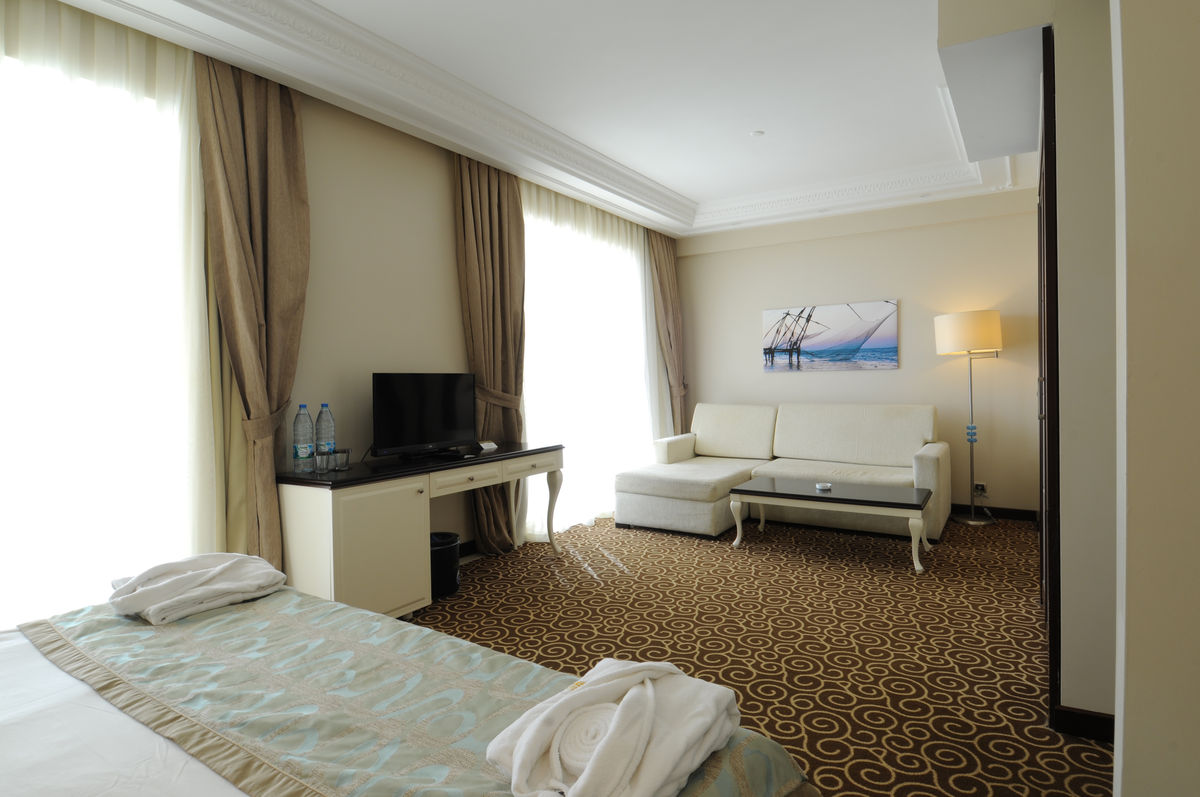 Hotel zimmer goldcity hotel for Hotelzimmer teilen