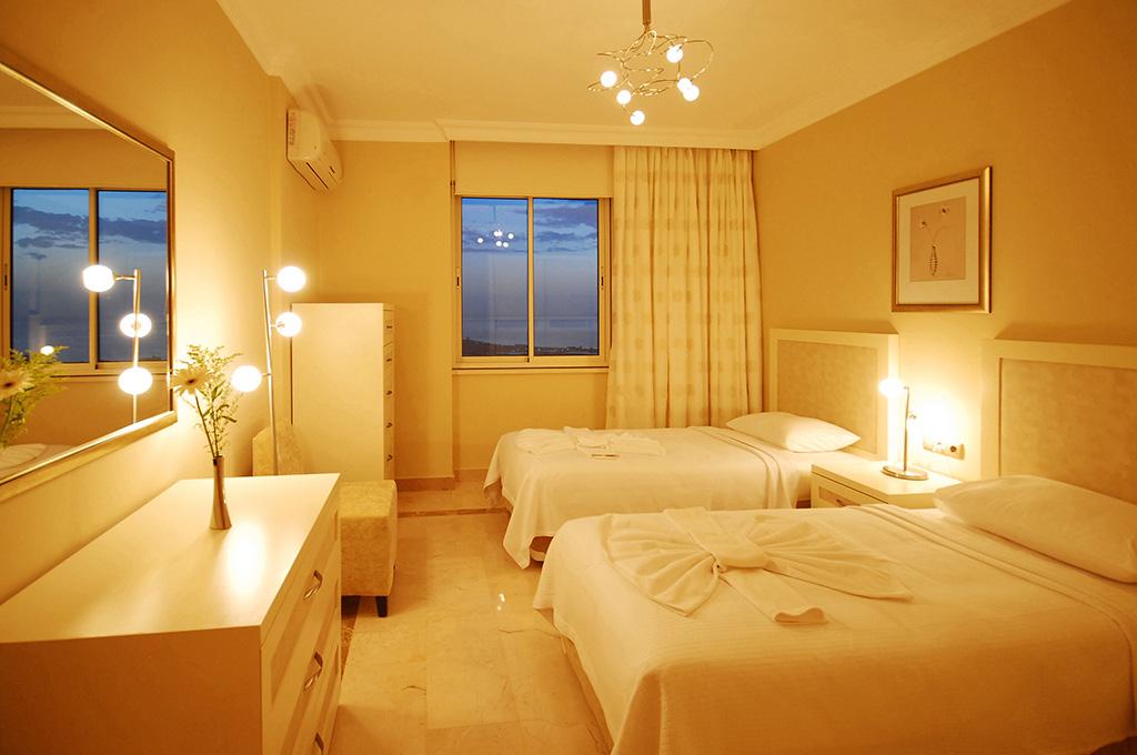 Magnificent Family Suites Goldcity Hotel Interior Design Ideas Tzicisoteloinfo