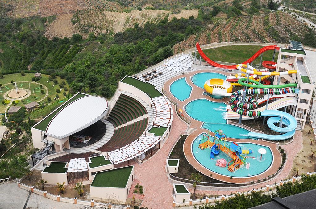 Pools & Aquapark | Goldcity Hotel